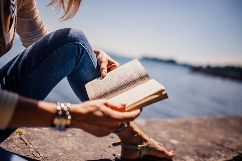 reading-book-girl-woman-people-sunshine-summer[1]