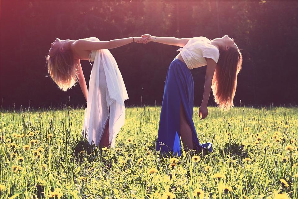 girls-839809_960_7201