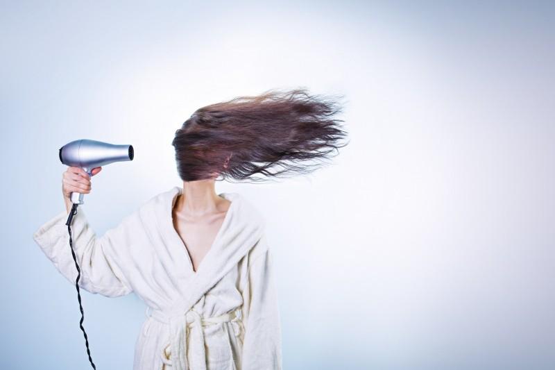 woman-drying-hair1