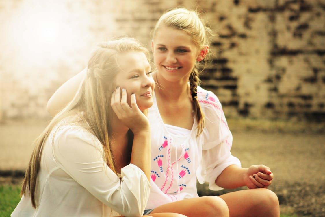 pretty-girls-happy-young-55811